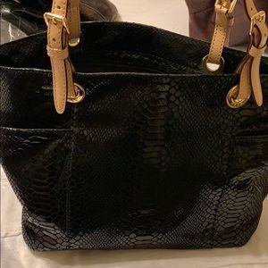 Michael kors handbag authentic